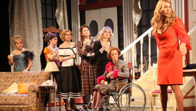 """Miércoles: """"Ocho mujeres"""". A las 21.30, en Teatro Gianelli, Jesús María"""