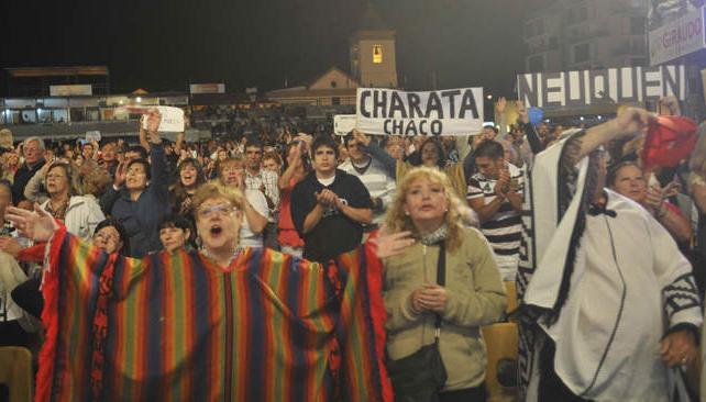 La tercera noche de Cosquín. Fotos: Pedro Castillo/La Voz.
