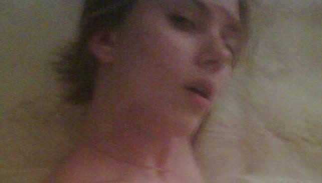 LA FOTO. Scarlett Johansson, en la polémica foto desnuda que se filtró por internet.