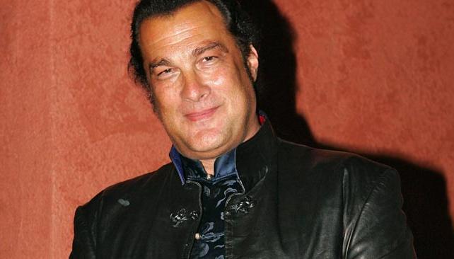 SEAGAL, en épocas de Hollywood.