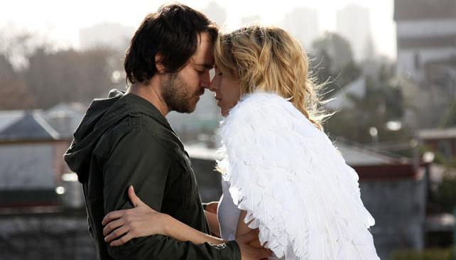 Gastón Pauls y Carla Peterson protagonizaron una entretenida serie que no será recordada por el rating ni por sus polémicas.