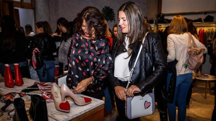 Desembarcó el showroom éxito de Córdoba al Cerro de las Rosas