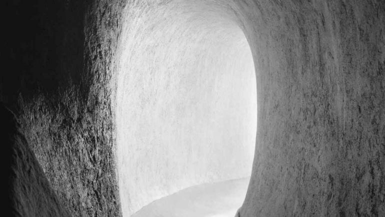 'Casa Orgánica Arquitecto Senosiain', de Ramiro Chaves, vía The White Lodge, en Art Lima.