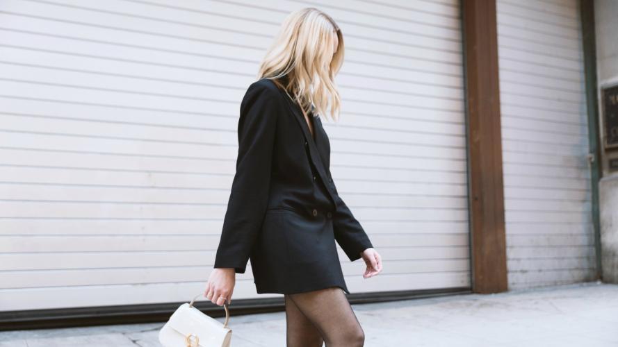 Blazer como vestido, una tendencia que podés empezar a usar esta temporada