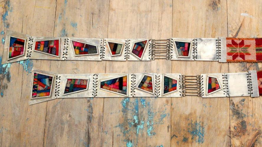Aguayos antiguos en joyería de autor: vuelos de identidad