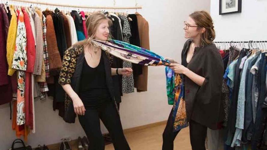 Primera tienda de moda que presta ropa como si fuera una biblioteca
