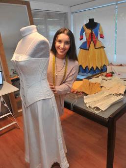 Ana Figueroa y su extraordinario vestuario teatral