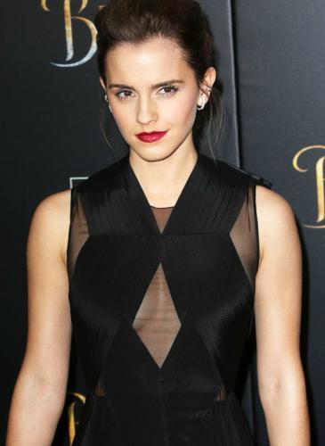 Emma Watson, a punto de romper récords en Instagram con su nuevo look