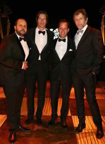 Más fotos de la gran noche: impecables Toto Suar, Nacho Viale y Juan Sorini