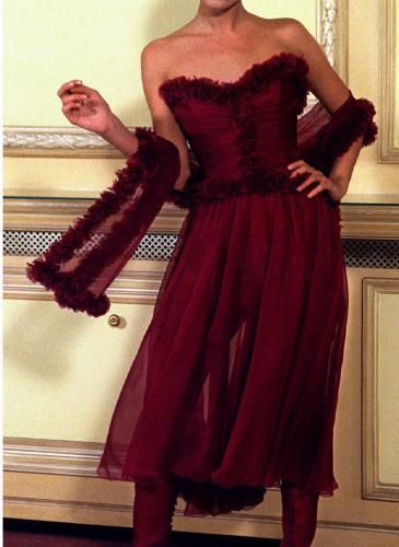 """La muerte de Karl Lagerfeld: galería de las """"supermodelos"""" de los '90 luciendo sus diseños"""