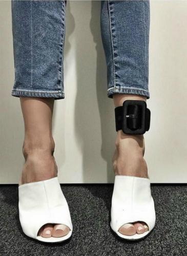 Las tobilleras que se imponen parecen cinturones
