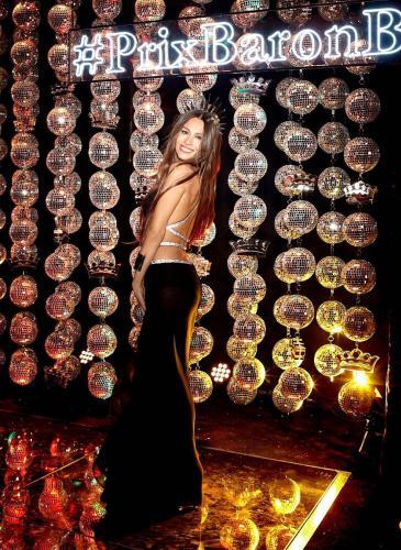Elegante y audaz: el vestido de Pampita para la 9na edición del Prix de Baron B