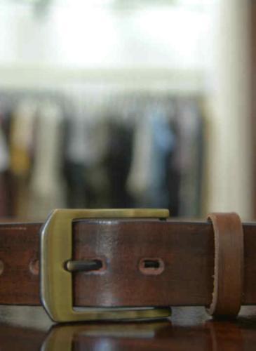 Regalo navideño para ellos: ¿cómo elegir el cinturón con hebilla ideal?