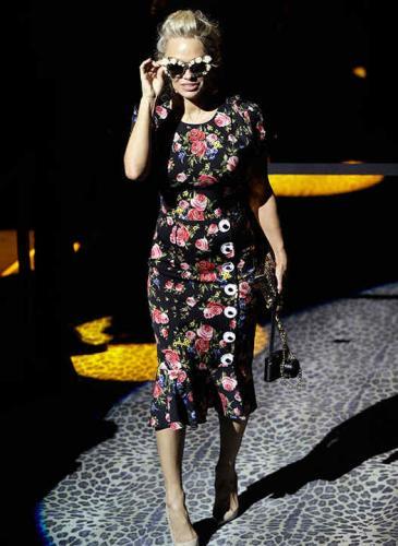 La hija de Luis Miguel en un impactante desfile de Dolce & Gabbana