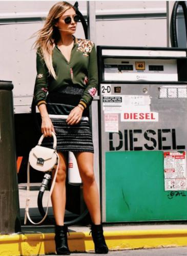 ¡Es muy linda! La hija de Luis Miguel brilla en la Semana de la Moda en Nueva York