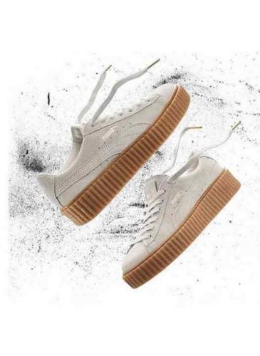 Rihanna gana el 'Oscars del calzado' por su trabajo como diseñadora