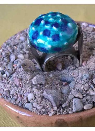 ¡Fascinación por los anillos! Fusión de cerámica y metales en clave circular