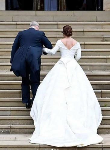 Boda real: la princesa sin velo y los invitados famosos