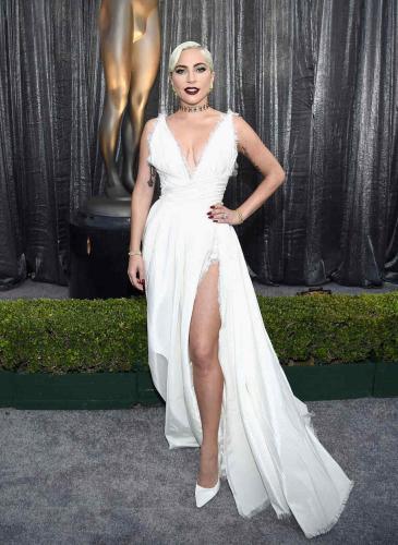 Oscar 2019: los looks que ¿anticipan? la elección de Lady Gaga para la alfombra roja