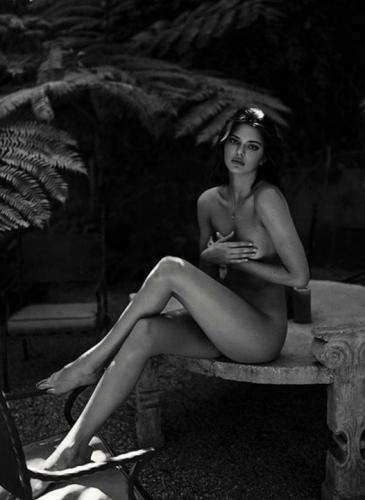 ¿Feminismo o sensualidad? Por qué las famosas se desnudan en Instagram